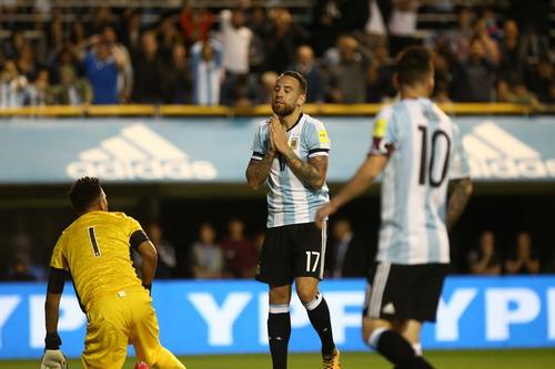 Ám ảnh Bombonera, Argentina sắp làm khán giả World Cup - Ảnh 2.