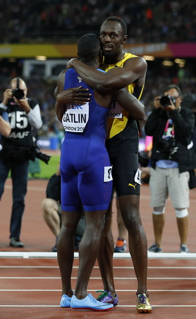 Lần cuối đua tài 100m, tượng đài Usain Bolt thảm bại - Ảnh 8.