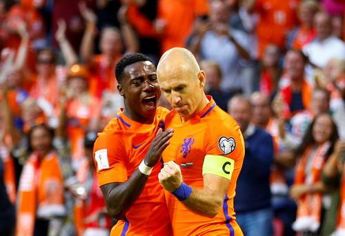 Bỉ giành vé đến World Cup, Pháp bị cầm chân tại Paris - Ảnh 6.