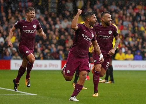 Aguero thăng hoa, Man City vững ngôi đầu giải Ngoại hạng - Ảnh 5.