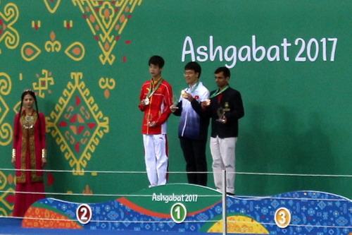 Lê Quang Liêm giành HCV AIMAG, lên hạng 20 thế giới - Ảnh 3.