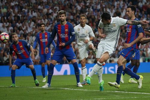 James Rodriguez ghi bàn gỡ hòa 2-2 nhưng không xoay chuyển được tình thế