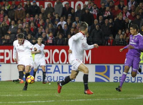 Jovetic ghi bàn sau khi vào sân từ băng ghế dự bị