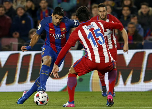 Suarez là nỗi ám ảnh của hàng thủ Atletico