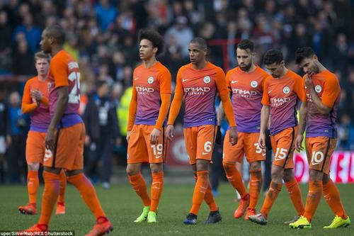 Đội quân hùng mạnh Man City đối diện với mùa giải trắng tay