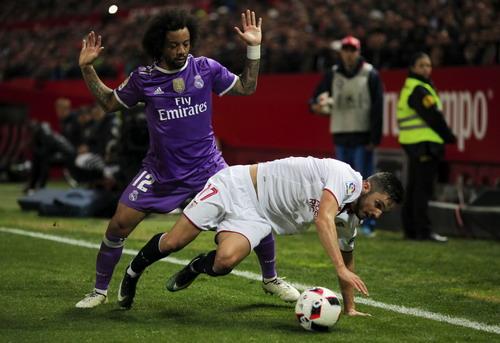 Các hậu vệ Real Madrid chấp nhận phạm lỗi để ngăn cản đối phương