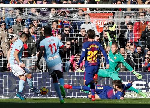 Ramos lập kỷ lục thẻ đỏ, Real Madrid gần hết cơ hội vô địch - Ảnh 9.