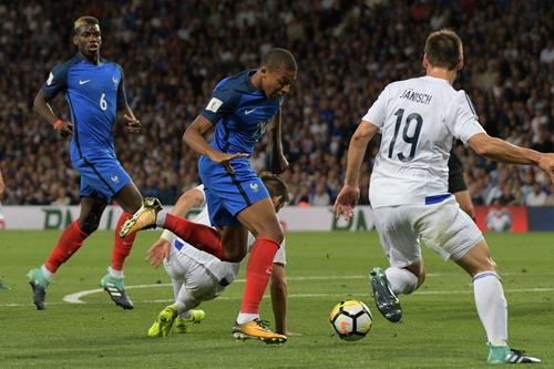 Bỉ giành vé đến World Cup, Pháp bị cầm chân tại Paris - Ảnh 5.