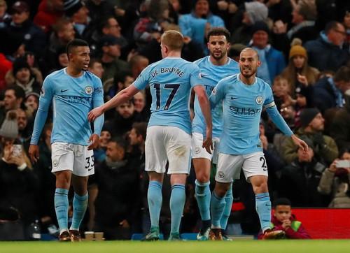 Ngược dòng nghẹt thở trước West Ham, Man City vững ngôi đầu Ngoại hạng - Ảnh 6.