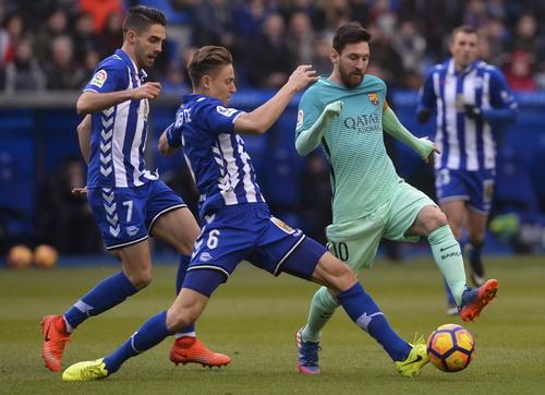 Messi thể hiện vai trò thủ lĩnh trong chiến thắng của Barcelona