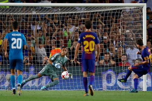 Ronaldo tỏa sáng, Barcelona thua tan tác siêu kinh điển - Ảnh 4.