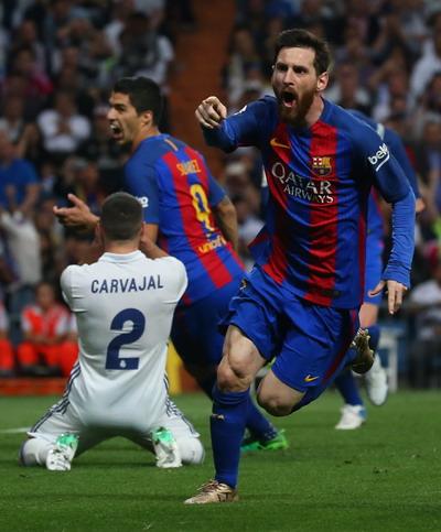 Messi ghi bàn quyết định phút bù giờ