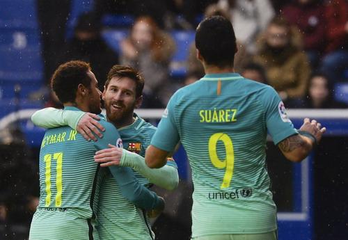Neymar bắt nhịp ghi bàn trở lại