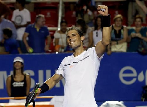 Nadal vào bán kết ở Acapulco