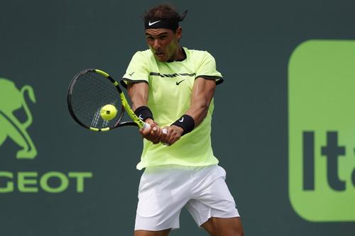 Nadal không có cơ hội đòi nợ đối thủ đàn anh Federer