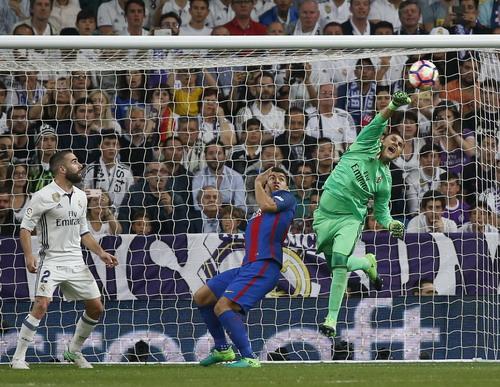 Barcelona chơi tấn công mạch lạc, hiệu quả