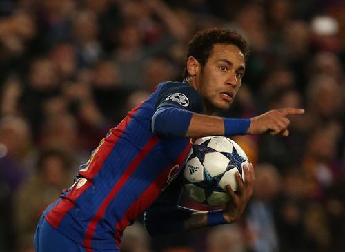Neymar ghi cú đúp trong vòng 3 phút cuối