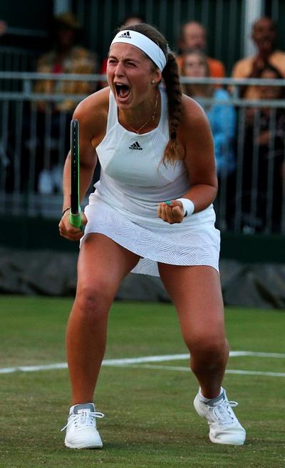 Sao 37 tuổi và bà mẹ Grand Slam vào vòng 3 Wimbledon - Ảnh 7.