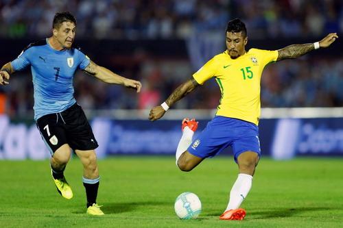 Paulinho gỡ hòa 1-1 cho Brazil với siêu phẩm sút xa