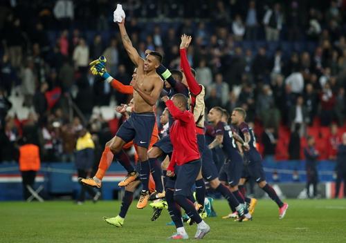 PSG phản pháo UEFA thành công, thề giữ chân Neymar, Mbappe - Ảnh 3.