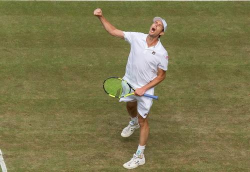 Murray thua sốc ở tứ kết, Djokovic bỏ cuộc - Ảnh 3.