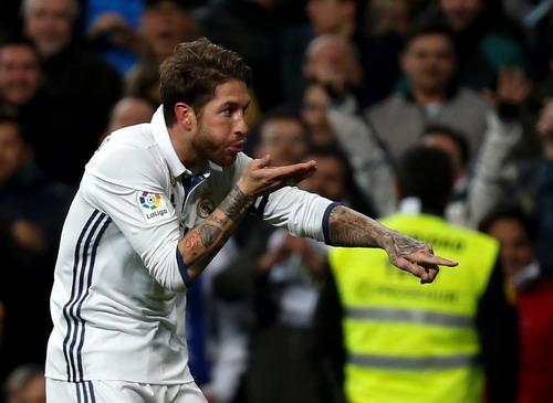 Ramos ghi ba bàn trong vòng một tuần lễ