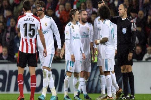 Ramos lập kỷ lục thẻ đỏ, Real Madrid gần hết cơ hội vô địch - Ảnh 3.