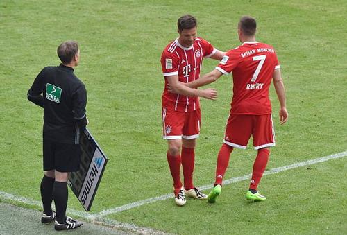 Bayern Munich giã biệt Lahm và Alonso - Ảnh 3.