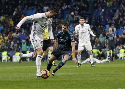 Ronaldo lập công với bàn nhân đôi cách biệt đầu hiệp 2