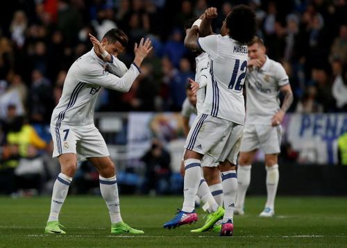 Ronaldo và Marcelo với vũ điệu chiến thắng