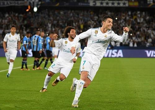 Nhận giải Pichichi và Di Stefano, Messi quyết đấu siêu kinh điển - Ảnh 4.