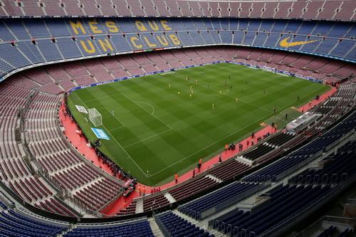 Nou Camp không khán giả, Barcelona đè bẹp Las Palmas - Ảnh 2.