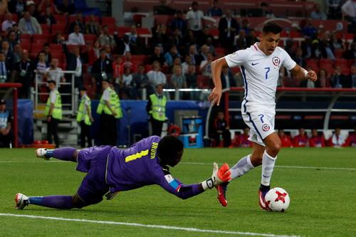 Ronaldo tịt ngòi, Bồ Đào Nha mất điểm trận ra quân - Ảnh 8.