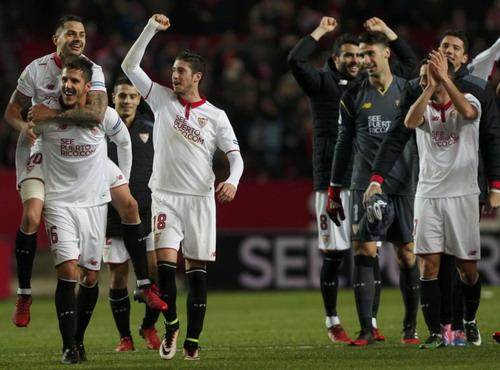 Sevilla mừng chiến thắng lịch sử