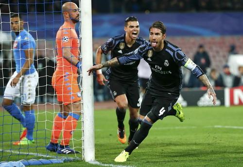 Sergio Ramos sắm vai người hùng với cú đúp bàn thắng bằng đầu