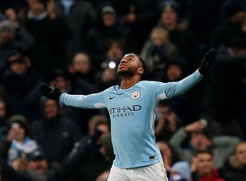 Sterling bùng nổ, Man City lập kỷ lục chiến thắng giải Ngoại hạng - Ảnh 5.
