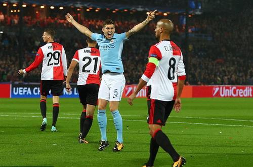 Man City đại phá Feyenoord, Tottenham thắng tưng bừng ở Wembley - Ảnh 2.