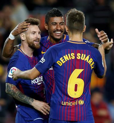 Siêu nhân Messi đánh poker, Barcelona thắng đậm ở Nou Camp - Ảnh 6.