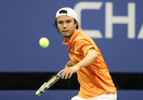 Federer thoát hiểm, Nadal vào vòng 3 Mỹ mở rộng - Ảnh 4.
