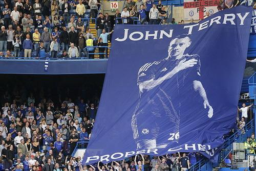 Chia tay một huyền thoại của Chelsea và làng bóng Anh
