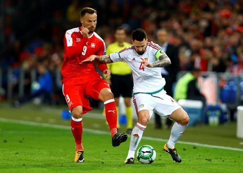Ronaldo tỏa sáng, Bồ Đào Nha vẫn có nguy cơ bị loại - Ảnh 4.