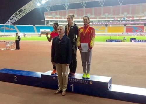 Lê Tú Chinh giành HCĐ 100m nữ