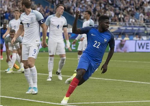 Hậu vệ ghi bàn, Pháp hạ nhục tuyển Anh ở Stade de France - Ảnh 5.