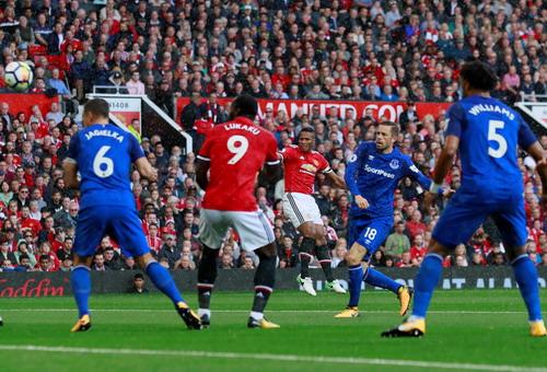 Bùng nổ 7 phút, Man United vùi dập Everton tại Old Trafford - Ảnh 4.