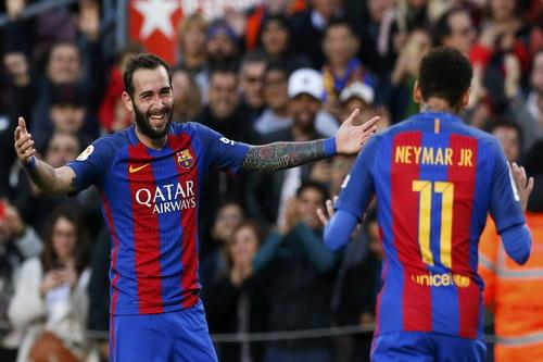 Siêu dự bị Aleix Vidal ra sân là ghi bàn