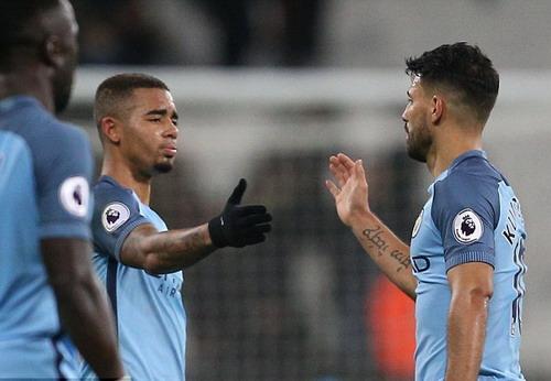 Aguero và đồng đội trẻ Jesus trận thắng West Ham 4-0