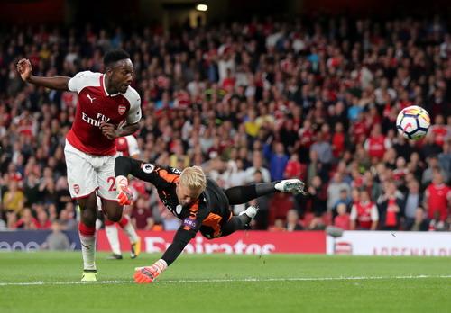 Rượt đuổi tỉ số, Arsenal thắng trận khai mạc Ngoại hạng Anh - Ảnh 6.