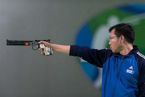 Hoàng Xuân Vinh giành HCB World Cup New Dehli 2017
