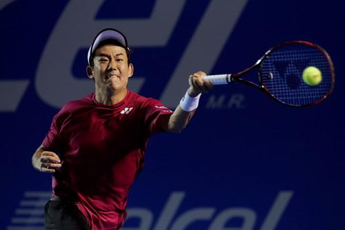 Yoshihito Noshioka gây nhiều khó khăn cho Rafa Nadal