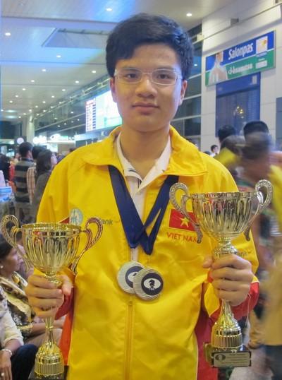 Chào đón nhà vô địch thế giới Nguyễn Anh Khôi - Ảnh 2.